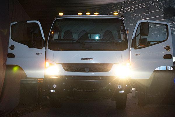 Freightliner-360-Cab-Over