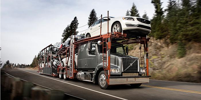 Volvo-Trucks-VAH-autohauler