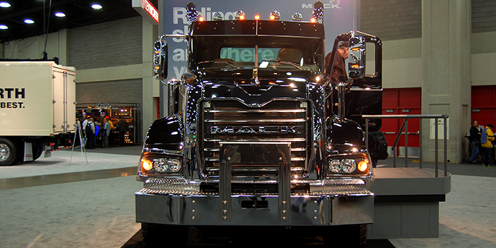 Mack-trucks-service-intervals