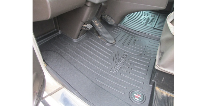 Minimizer To Release Improved Kenworth Truck Floor Mats