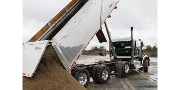 Kenworth_DrainBro_Dump-2-from-SAF-HOLLAND