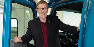 Navistar-International-Truck-CEO-Troy-clarke-featured image
