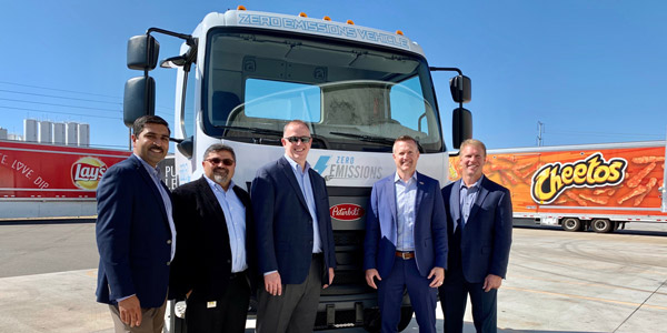Peterbilt-Delivers-First-Medium-Duty-Electric-Model-220EV-Frito-Lay