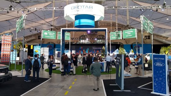 Geotab-Exhibit-Hall-Morning