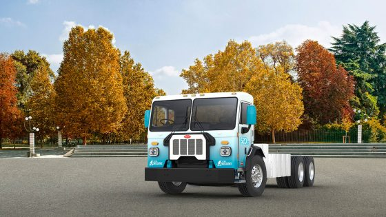 Peterbilt Motors medium-duty 520 electric truck