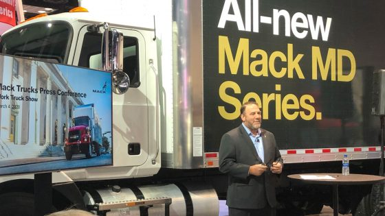 Mack-MD-1-Work-Truck-Show