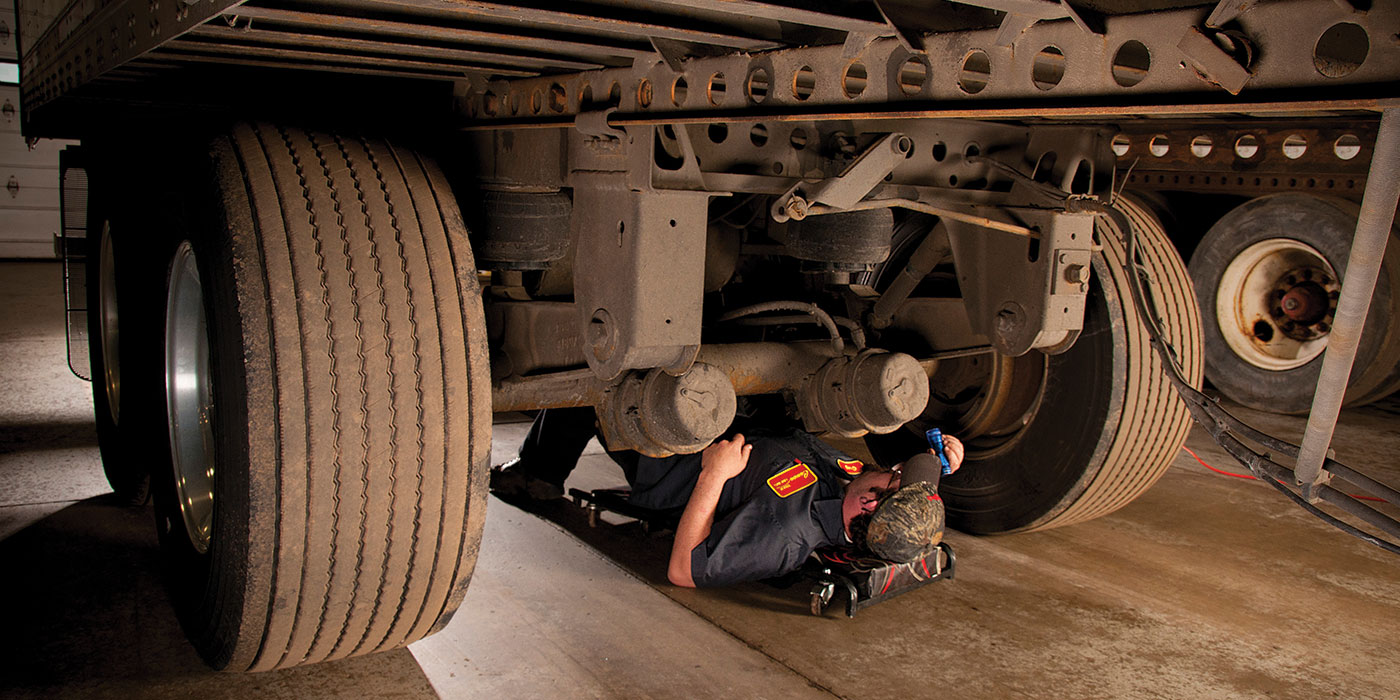 Truck-trailer-air-suspension-ride-height-inspection-SAF-holland