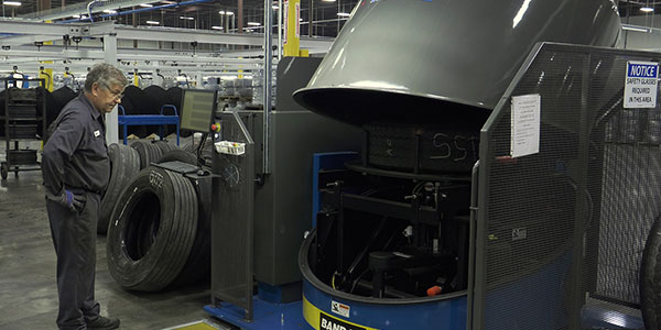 tire-Shearography-Machine-600
