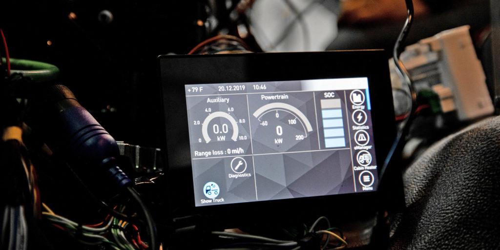 Kenworth-K270E-K370E-Display
