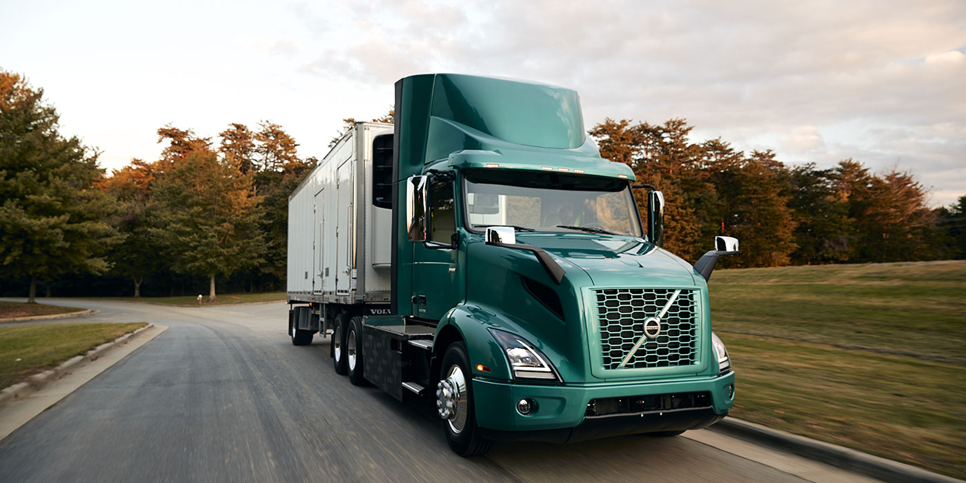 Volvo-Trucks-VNR-Electric-on-Road-2