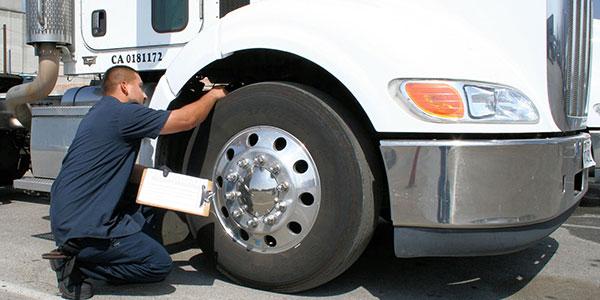 Bear-Trucking-tire-inspection-600