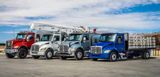 Kenworth-nmd-lineup-from-left-t480v-t380-t280-t180_51097189579_o-1400