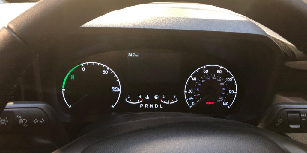 Ford-2022-Maverick-Hybrid-Dashboard