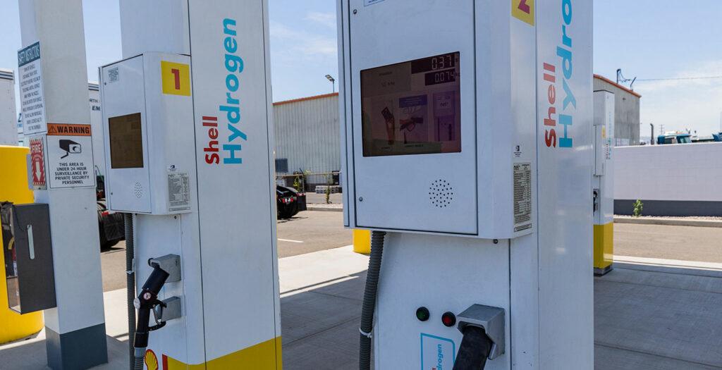Port-of-LA-Shell-Toyota-KenworthHydrogen-2-1400