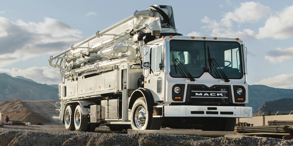 Mack-mDRIVE-HD-Now-Available-in-Mack-TerraPro-Concrete-Pumpers-Powered-by-MP8-Engine_2-1400