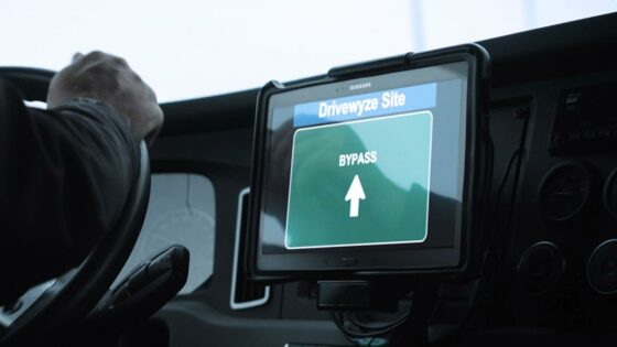 Drivewyze-weigh-station-bypass-1400