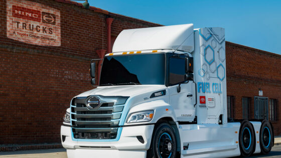 Hino-Trucks-Class-8-Fuel-Cell-Truck-Prototype