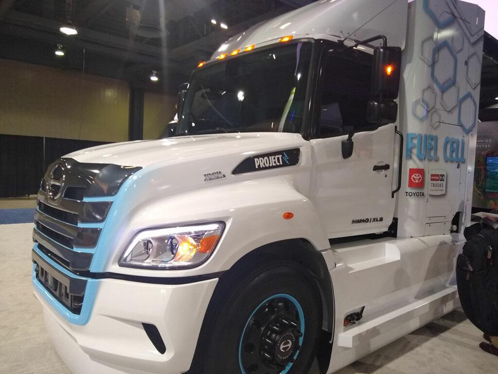 Hino-Hydrogen-Toyota-Truck