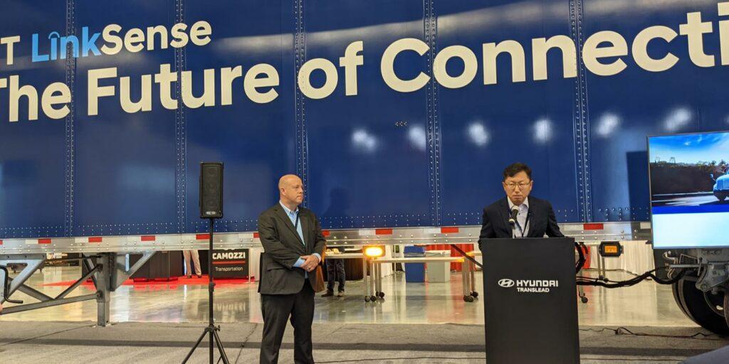 Hyundai-Translead-press-conference