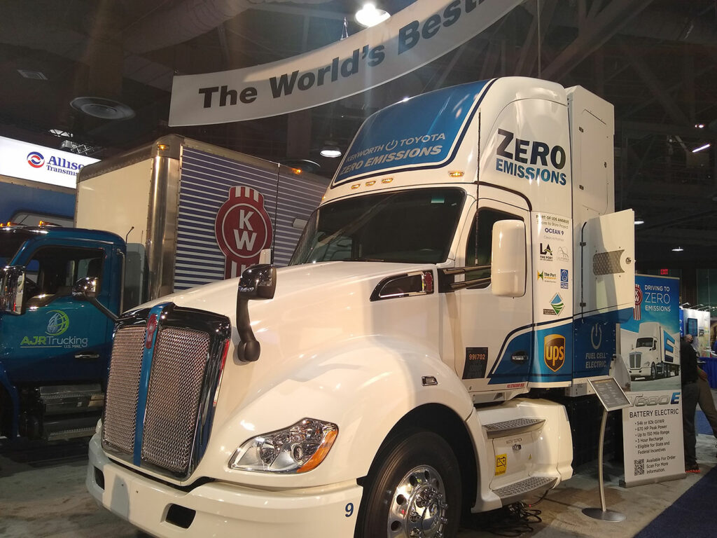 Kenworth-hdyrogen-electric-Fuel-Cell-Truck