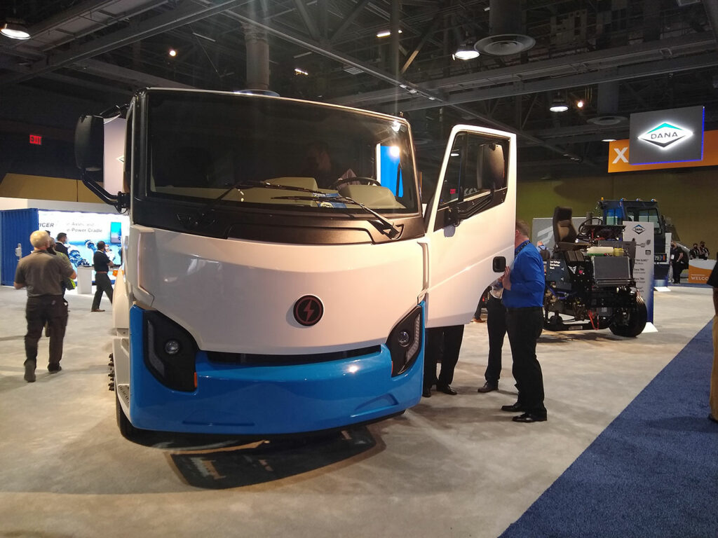 Lion-Electric-Truck-ACT
